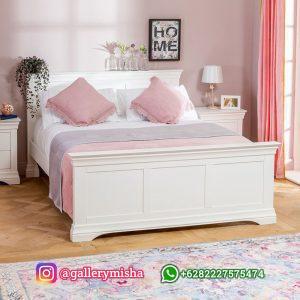 Tempat Tidur Duco Putih Gaya Minimalis Terbaru