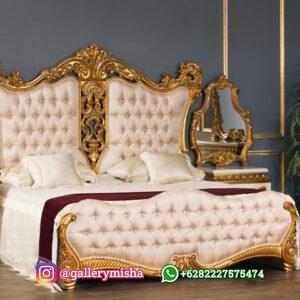 Set Tempat Tidur Mewah Ukiran Antik